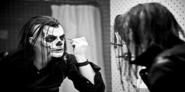 Michale Graves (MISFITS), Knee High Fox, The Henchmen, Forget Your Friends