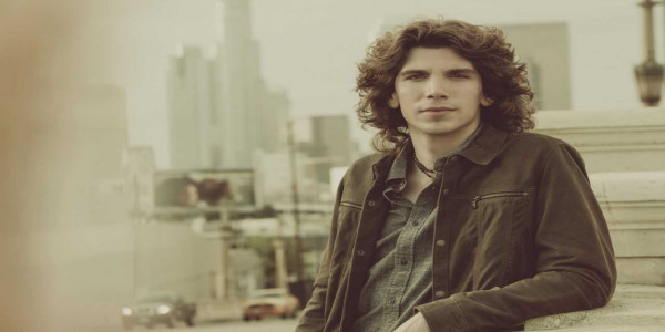 Sean Healy Presents: Jesse Kinch